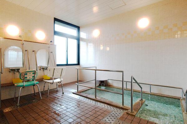 大浴場(天然温泉100%)
