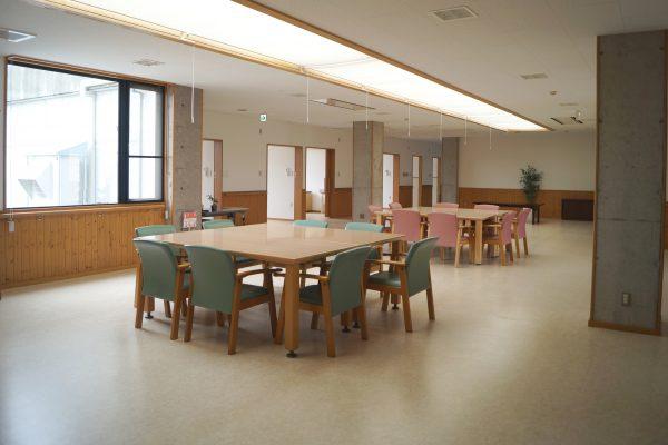 ホール、食堂